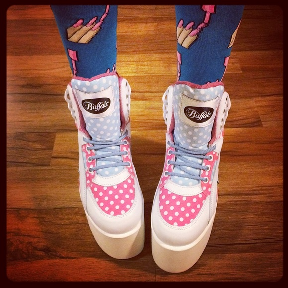 Buffalo David Bitton Shoes - 🚫SOLD🚫AUTHENTIC BUFFALO PLATFORM NEW W/ DEFECTS
