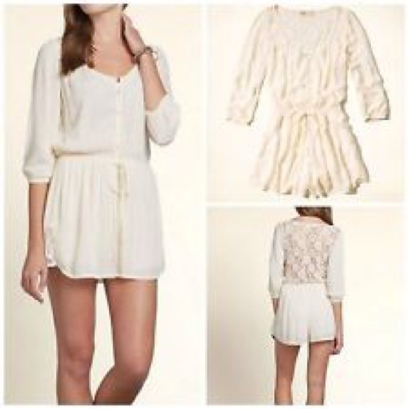 464cc6a97029 Hollister Other - Hollister lace romper