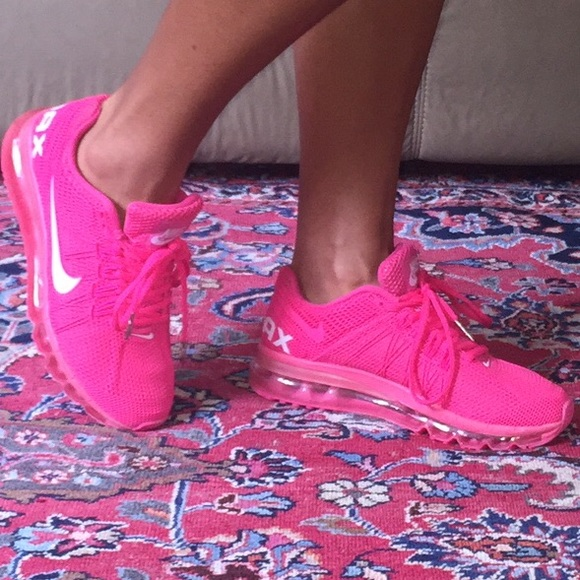 Hot pink air max nike 8! mAKE OFFER,!