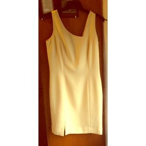 Dresses & Skirts - Cute Peachy Dress