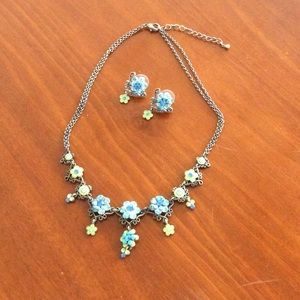 vintage design flower necklace & earrings