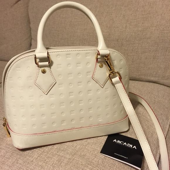 Arcadia Handbags - 🔸ARCADIA🔸Italian Embossed Satchel Handbag b4d5987429d9b
