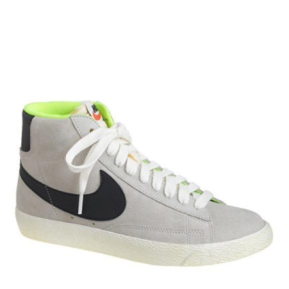 separation shoes 4d990 d3b49 Nike blazer J Crew collar grey suede. M 559f576fd3703d6f62002294