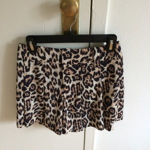 Alice + Olivia Pleated Leopard Shorts Size 0