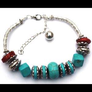  SALE - Turquoise & Silver bangle bracelet.