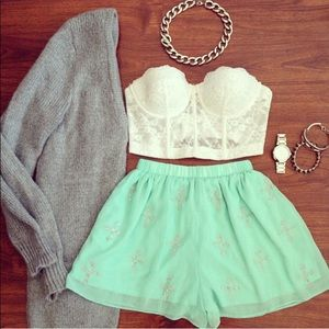 Mint cross shorts