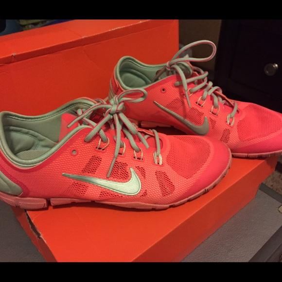 sale retailer d5c4b 44792 Women s Nike Free Bionic! Great running shoes! M 55a011a28ae33e3f8e004301