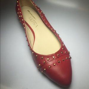 Red United nude flats