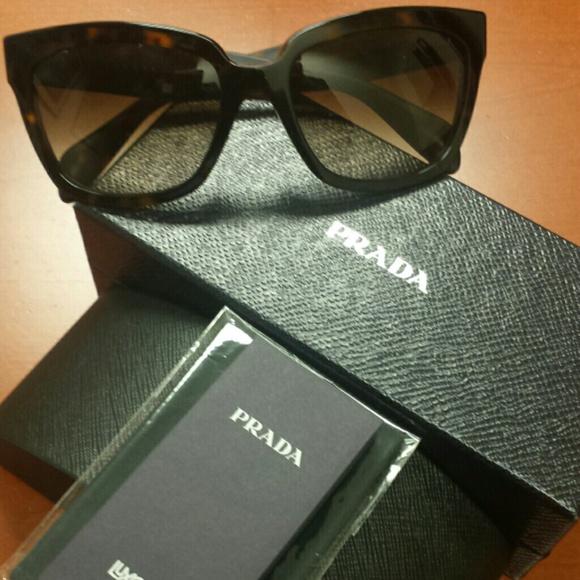 2fd5209400f Prada  Heritage  56mm Sunglasses