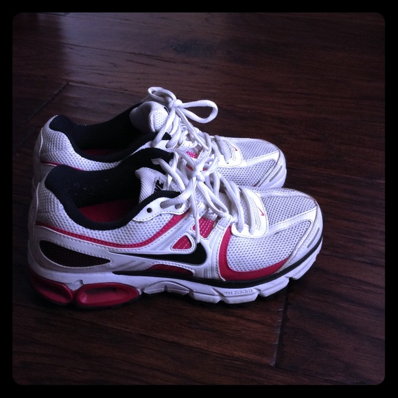 Woman s Nike running shoes   Fit sole 2 size 6 1 2 ff9515e018b
