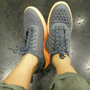 Nike Shoes - nike lunarelite sky