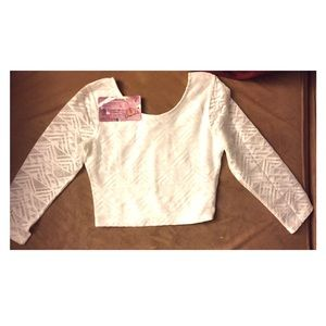 NWT- White crop top