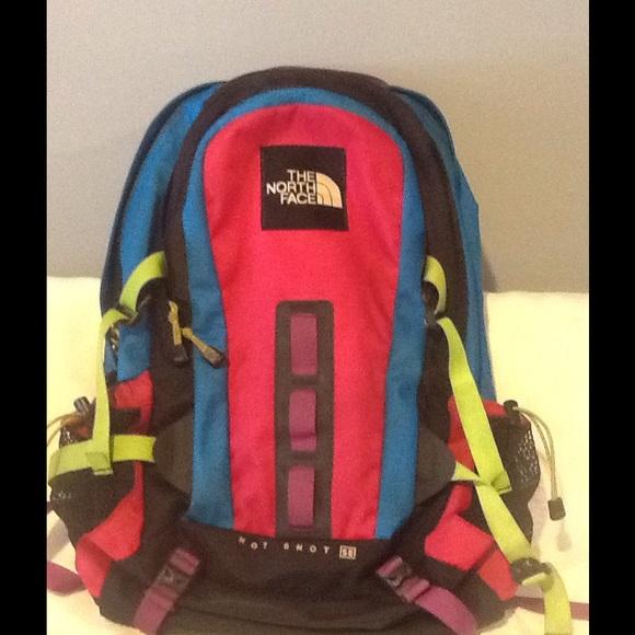 2ab906087c7f The North Face Hot Shot Backpack. M 55a14da2c446913b83004413
