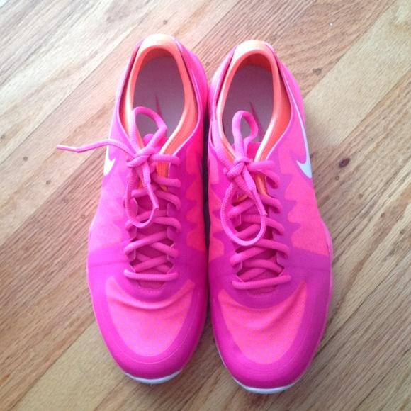 Nike dual fusion TR 3 pink & orange