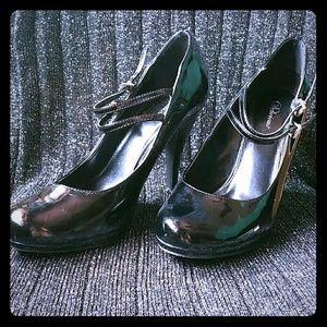SALE Black patent heels