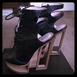 Shoes - Black leather high heel bootie