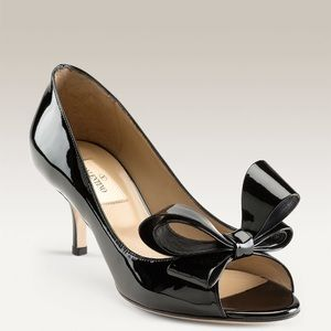 Valentino Shoes - Couture bow pump