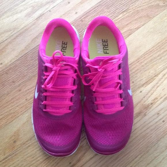 Nike free 3.0 V5 magenta w hot pink