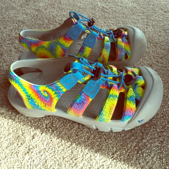 f92bb2d929bf Keen Shoes - Tie-dye Keens