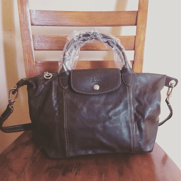d738dd10032b Longchamp Leather La Pliage Cuir mocha