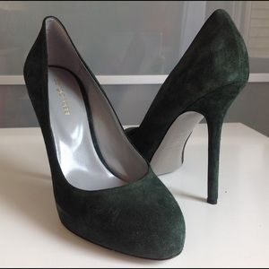 Sergio Rossi Shoes - Suede pumps 👠