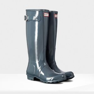 ✨Found✨ISO!! Graphite Gloss Hunter Boots