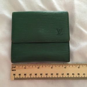 Authentic LV Epi Green double snap wallet