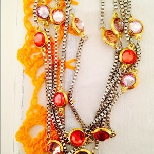 Jewelry - NWOT multicolor necklace 🎉3xHP🎉