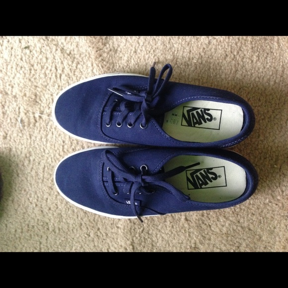 e91437bd458 FLASH SALE Navy Vans Authentic Slim WMNS 7.5