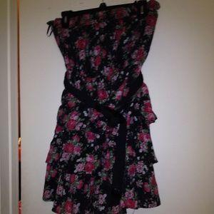 Deb Dresses & Skirts - Super cute tiered dress