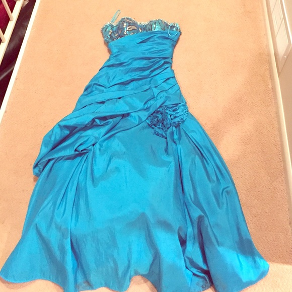 84% off Mystique Dresses &amp- Skirts - Mystique prom dress from Ann&-39-s ...