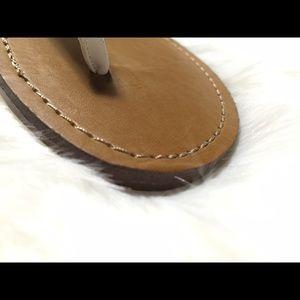69637ef9b0d55 Steve Madden Shoes - Steve Madden White Thong Daisey Bow Flat Sandal