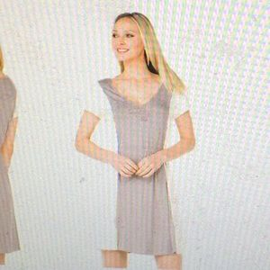 Dresses & Skirts - Grey colorblock cap sleeve dress (never worn)