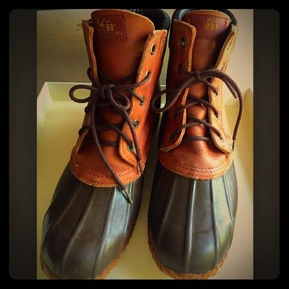 hot sale online fee77 adfe5 Men s REI Mud Boots. M 55a375e010b8896e7d00f093