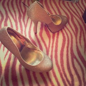 Size 6 forever 21 heels
