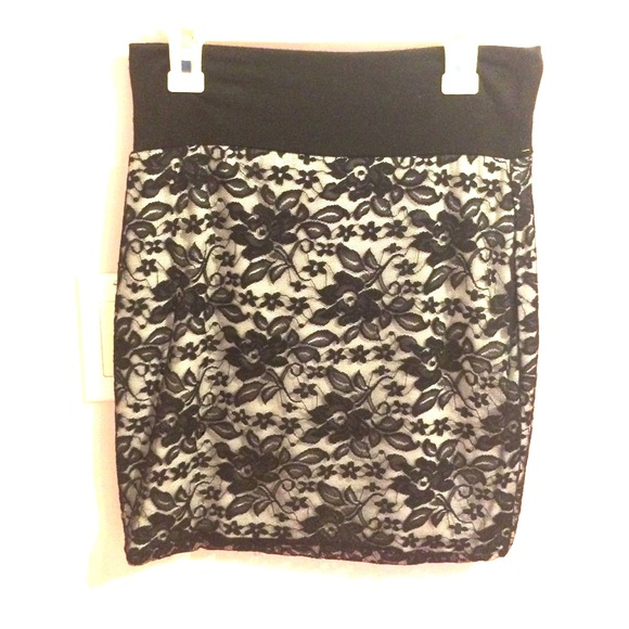 black and white high waisted skirt s from s