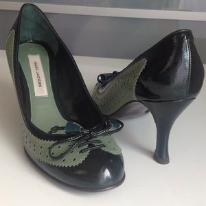 Marc Jacobs Shoes - Timeless and classic M.J. Pumps