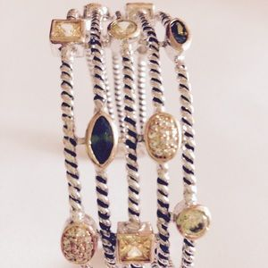 SALE👯HP by @vintrageous 🎉4 row adjustable bangle