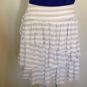 Banana Republic      stripe skirt