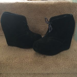 Steve Madden ANNNIE wedge bootie