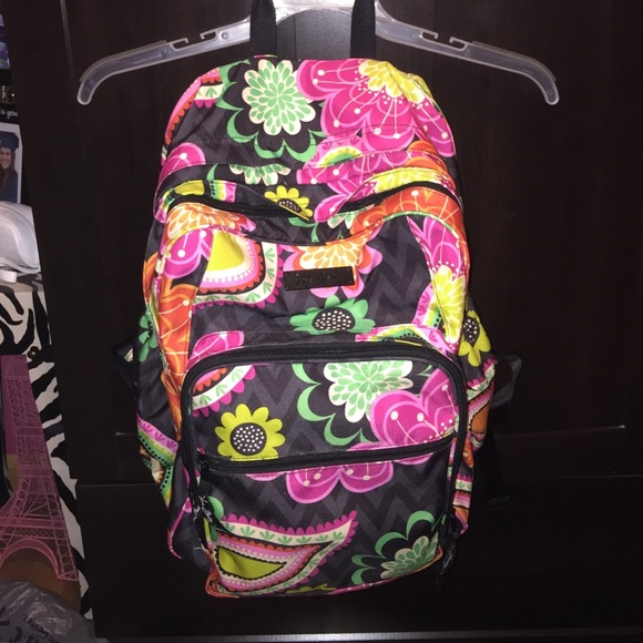 6087ea0cd75a Vera Bradley Lighten Up Large Backpack 💗💗. M_55a3fa45dbda256f38010457