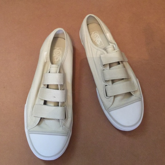 how to clean colored vans shoes