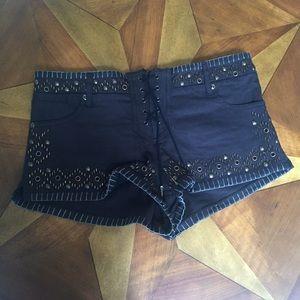 Unique Kate Moss for TOPSHOP shorts!