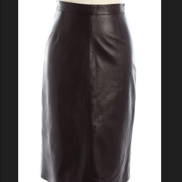 3cb913a42a Prada Brown Soft Leather Pencil Skirt. M_55a430bb2a75352a0d0120ec