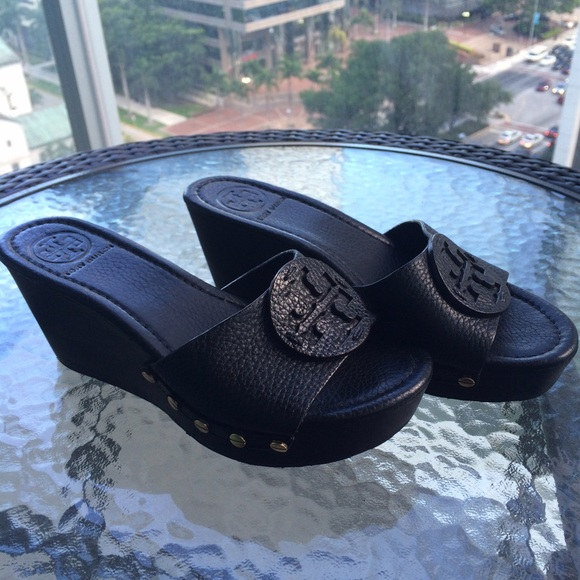 b1f32b600056f Tory Burch Patti Wedge Slides Black 6.5. M 55a43bce16ba972280012213