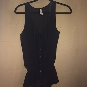 Tops - Black sleeveless button-up top
