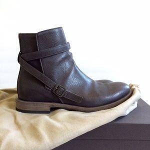 Bottega Veneta Wooden-Heeled Calf Leather Boot