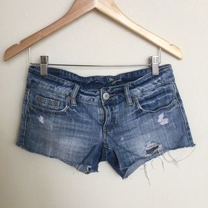 AMERICAN EAGLE Distressed Jean Cutoffs
