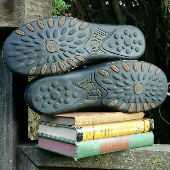 Born Shoes - ☆HP☆ Born Alyson Leather Sport Oxford