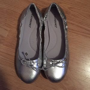 Cute silver Catherine's flats